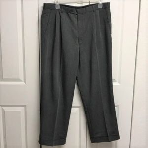 George Pleated Dress Pant's Size 39 Gray